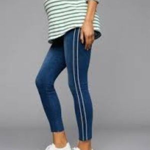 PAIGE Verdugo Transcend Piped Ankle Jeans